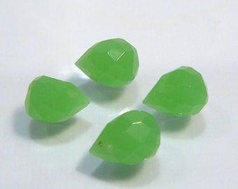 4 Beads....Jade Green Quartz Glass Faceted Teardrop  Briolette Beads....9x6mm