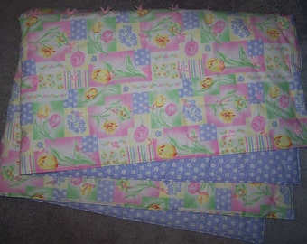 New FLOWERS PRINT throw/quilt/lap robe