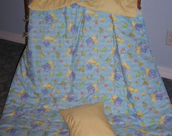 New ANIMALS childrens crib quilt and pillow