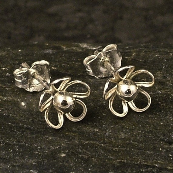 Tiny silver flower earrings little sterling posts studs for Gemsprouts tiny plant jewelry