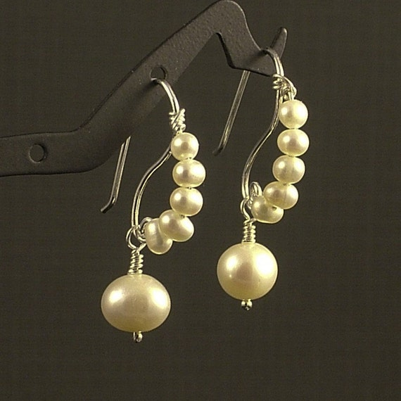 Unique Pearl Earrings Simple Pretty Freshwater Pearls Perfect for  Weddings Bride or Bridemaid Different Elegant Beauty