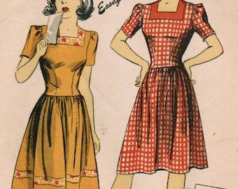 1940s Du Barry 5598 FF Vintage Sewing Pattern Teen's Dress Size 10 Bust 28