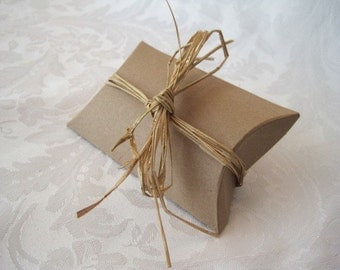 20 Gift Boxes, Jewelry Gift Boxes, Kraft Boxes, Party Favor Boxes, Wedding Favor Boxes, Small Gift Box, Pillow Boxes 3.25x3x1