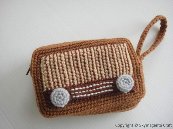 Crochet Pattern - VINTAGE RADIO PURSE - For cell phone / money / others - in pdf  (00355)