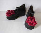 Jardin Rouge Upcycled Rocket Dog Platform Wedge Shoes - Size 9 - Red Flower Mary Janes