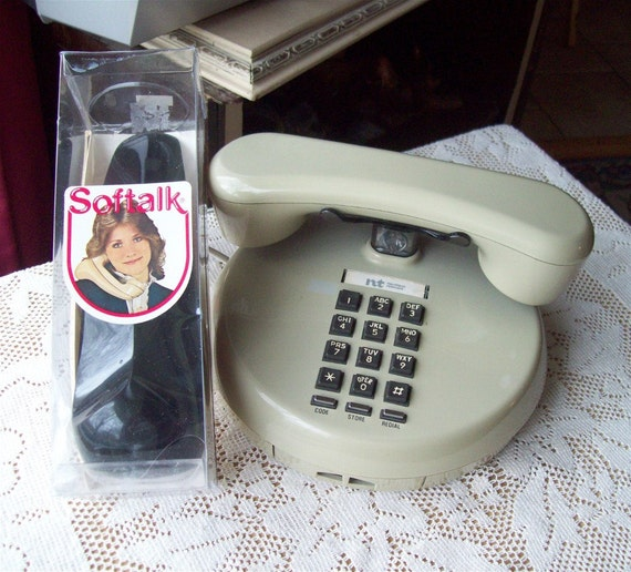 20% OFF Northern Telecom Push Button Telephone VIntage Space Age Pancake