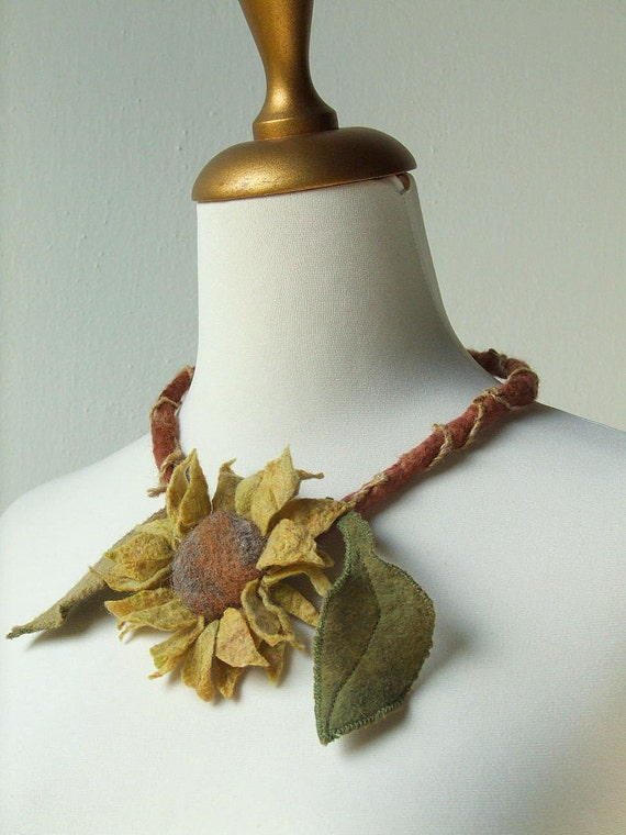 Felted Faerie Sunflower Necklace