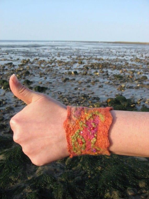 Felted Beaded Hand Cuff - Pixie The Rusty Stones of the Sea