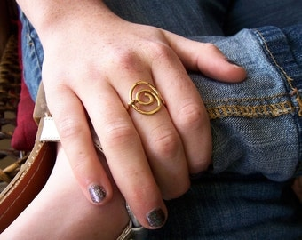 "Brass Ring/ Oval Spiral/ ""Basil """