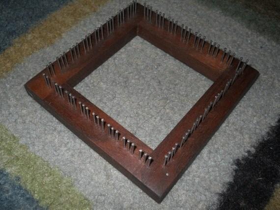 4 x 4 Walnut Traditional Mini Loom