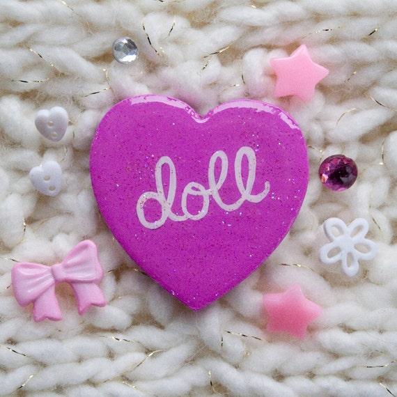 Doll / Hand Painted Wooden Fuchsia Glitter Heart Pin
