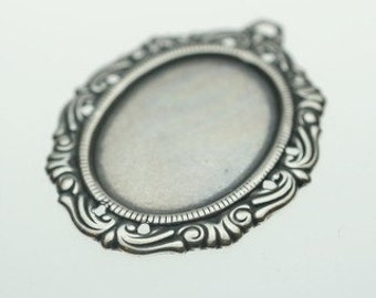 Trinity Brass Antique Silver Victorian Setting 25/18mm