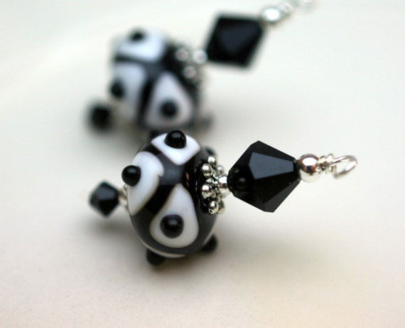 Black and White Web Lampwork With Crystal Bead Earring Dangle Pendant Set - 2 Pieces