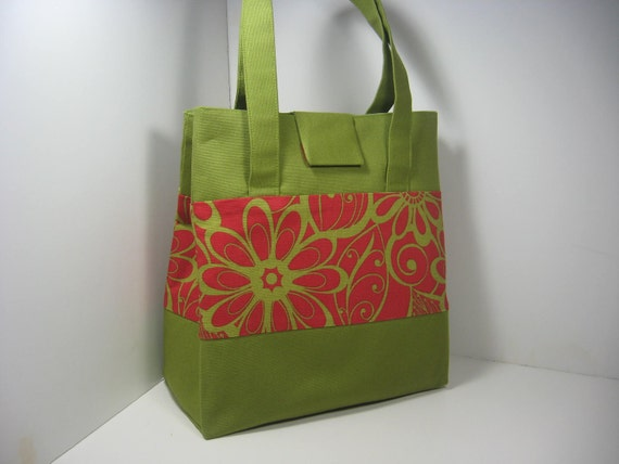 Insulated Lunch Bag Purse - Red Daisy