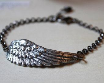 Wing Feather. Petite Solo Flight Bracelet