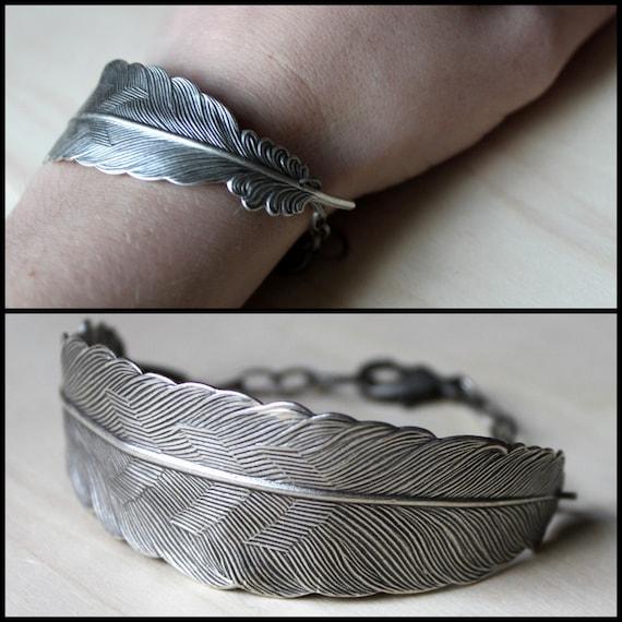Free shipping. Bird Feather. Flight Cuff. Silver. Bracelet