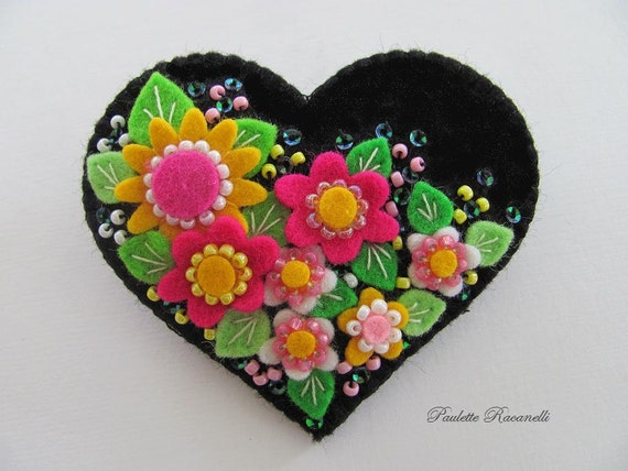 Felt Flower Heart Pin / Brooch