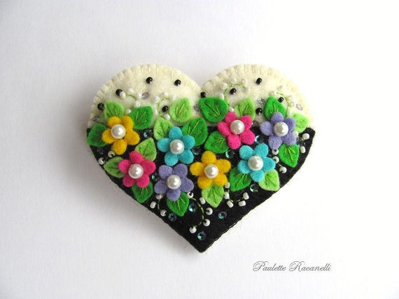 Felt Heart Pin / Felt Heart Brooch