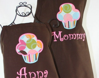 Mommy & Me Personalized Apron Set, Cupcake Brown Apron Set, Mother Daughter aprons, Rainbow Treat Apron Set,