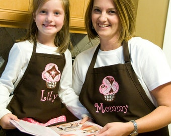 Personalized Mother & Daughter  Sweet Pink Cupcake Apron Set