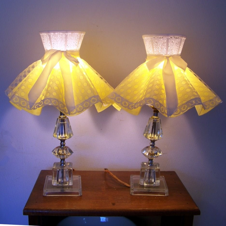 50s pair glass table lamps yellow lace shades girls bedroom. Black Bedroom Furniture Sets. Home Design Ideas