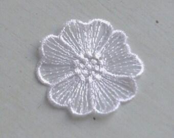 Embroidery Lace Motif Flower Patch Appliques 303 - White Large Flowers- 10 pcs (last stocks)