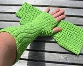Stretchy Gauntlets - Crochet Pattern