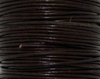 Greek Leather, Brown, Round Leather, 1mm 5 yards