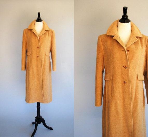 Vintage1950's camel coat / pure mongolian camel hair / by La Vogue
