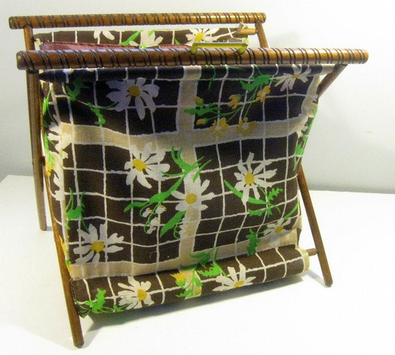 vintage knitting basket - daisies print - fabric craft tote - 1960s-1970s