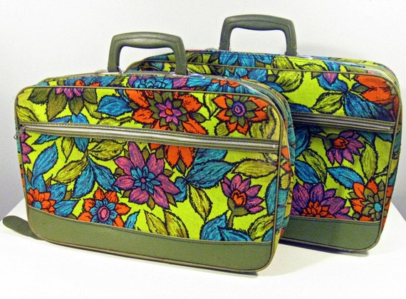 vintage suitcases - mod floral fabric - small and medium - set of 2 - 1970s - RESERVED for Natalie (ylatan)