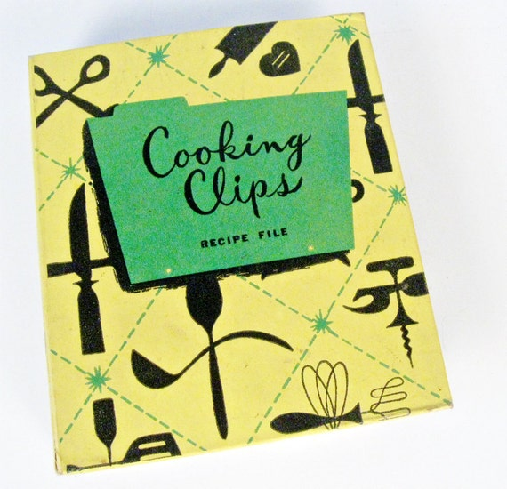 vintage Cooking Clips recipe file binder