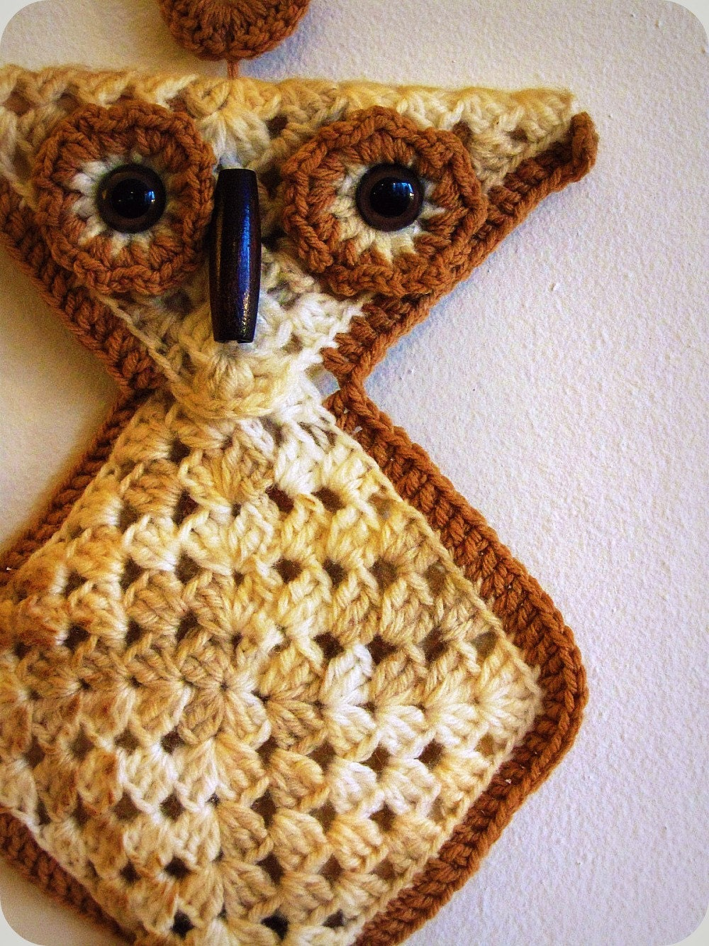 Vintage 70s Crochet Owl Towel Holder With Ring