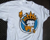 vintage 1980s BETTY BOOP t-shirt statue of LIBERTY cutie tee collectable tshirt cartoon pinup beach cover U S A lady liberty comic soft thin