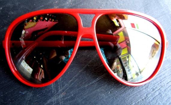 vintage 1980s RED plastic MIRROR AVIATOR sunglasses