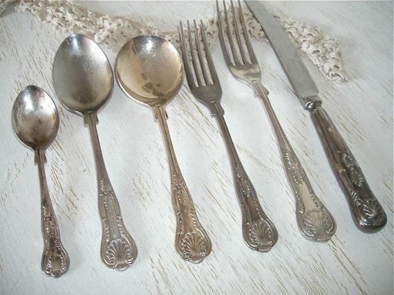 Vintage Silverware Sarosh Silver Plate Flatware Set Of 42