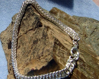 Argentium Silver Handmade Persian 4 in 1 Chainmaille Bracelet 8 Inches in Length