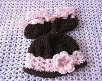 Crochet Hat and bootie set for newborn baby