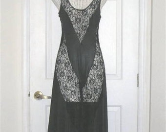 Vintage Naughty Sexy Full Sweep Peekaboo Lace Night Gown Nightgown