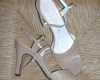 Vintage Florsheim Thayer McNeil Italian Leather Sandals Shoes