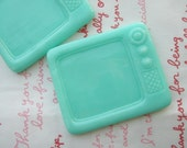 On Sale Mimi Lo Lo Exclusive LARGE Retro TV frame 2pcs Minty Green