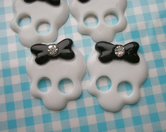 SALE Skull with bow and rhinestone 4pcs WHITE