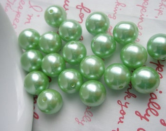 Green  Pearlized round BEADS 10mm 25pcs TA-2