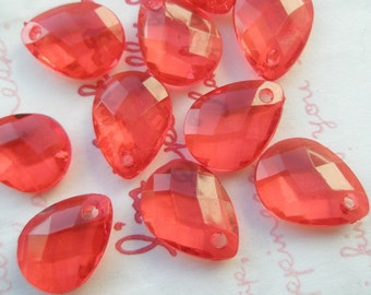 Acrylic Faceted Round TearDrop Beads Charms 10pcs CLEAR RED