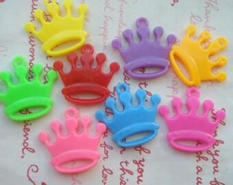 sale Plastic small Crown charms 8pcs Set