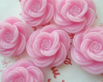 SALE ME--7 High Quality Pretty Rose cabochons 6pcs Light Pink