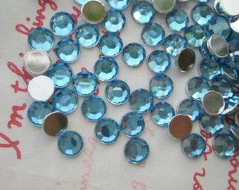 Faceted Round plastic rhinestones cabochons 6mm 5 grams AQUA BLUE