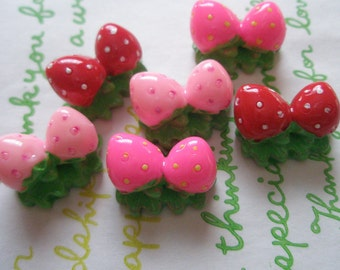 3D strawberry cabochons Set 6pcs