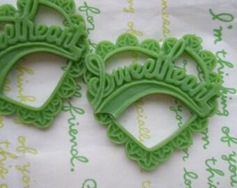 Resin Heart pendant SweetHeart 2pcs Matte Green 47mm x 45mm