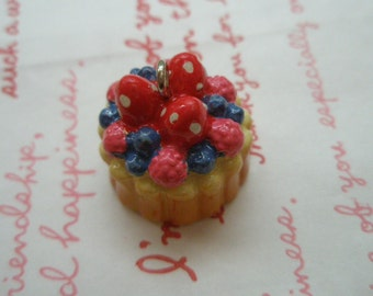 Berry Whole cake charm 1pc